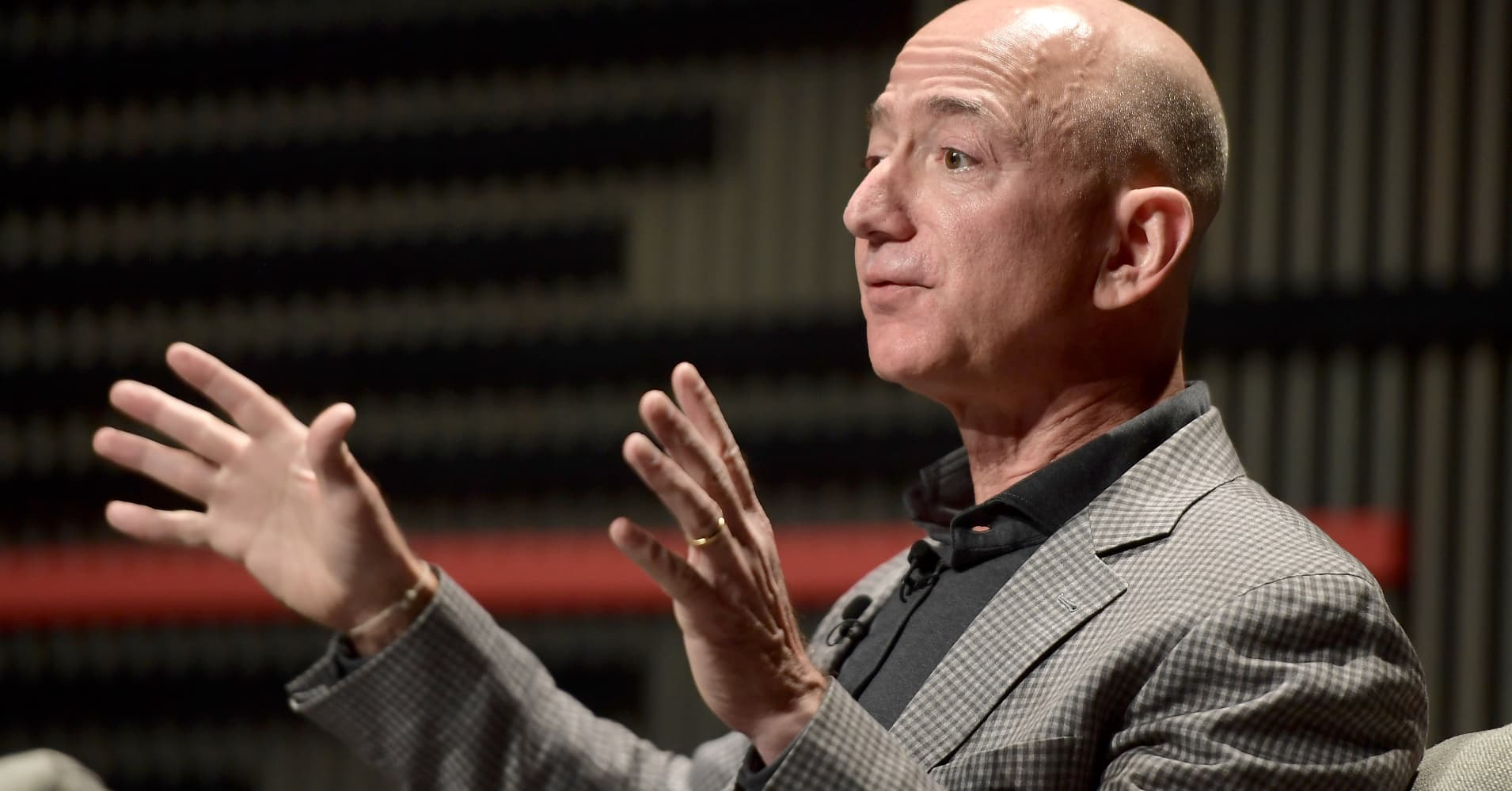 Jeff Bezos says tech's biggest problems don't have solutions yet, but 'we'll figure them out'