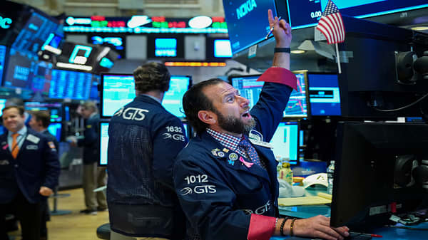 Trading Nation: Stocks in rally mode