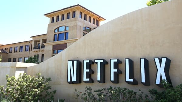 Netflix will bury the competition with content spending, says RBC's Mahaney
