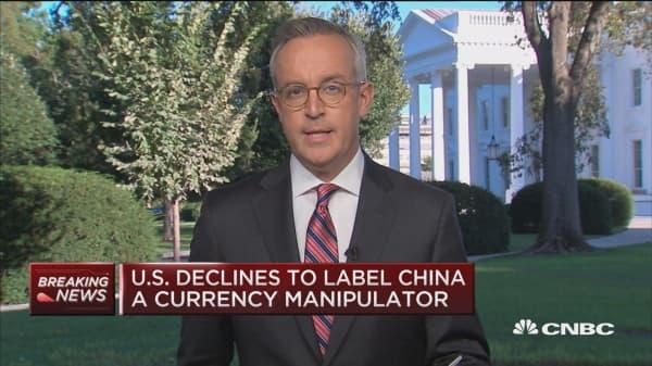 U.S. declines to name China a currency manipulator
