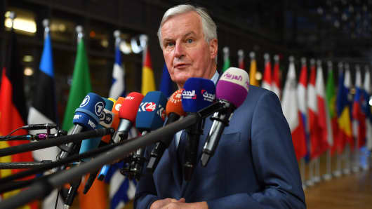 EU Chief Brexit negotiator Michel Barnier answers to journalists upon his arrival at the European Council in Brussels on October 17, 2018.