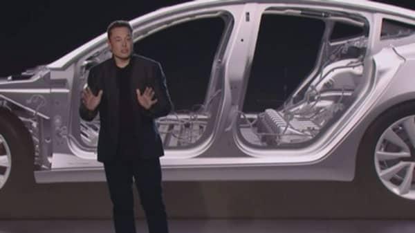 Tesla Ceo Elon Musk Just Introduced A Lower Cost Mid Range Model 3 Via Twitter