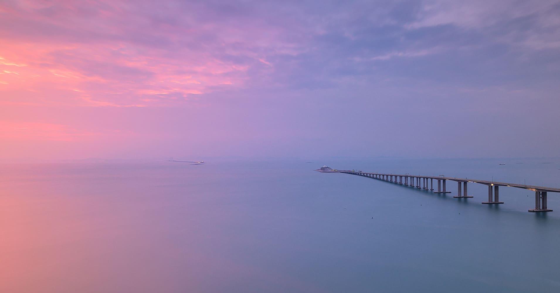 China's Xi Jinping opens world's longest bridge-cum-tunnel sea crossing