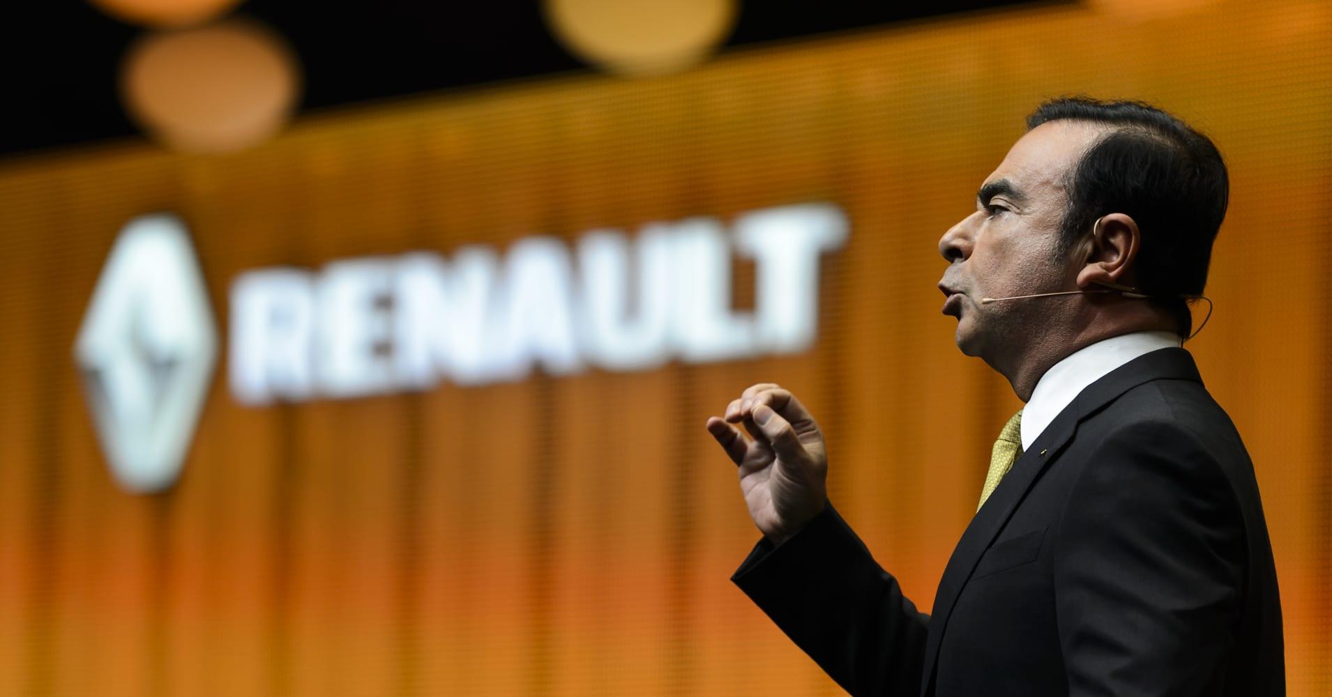 Renault to alert prosecutors over ex-CEO Ghosn's wedding costs