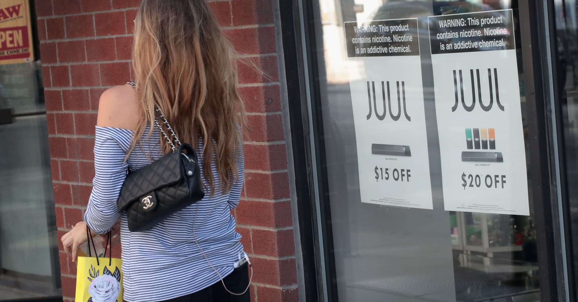 Juul e-cigarette maker boosts lobbying spending as FDA cracks down