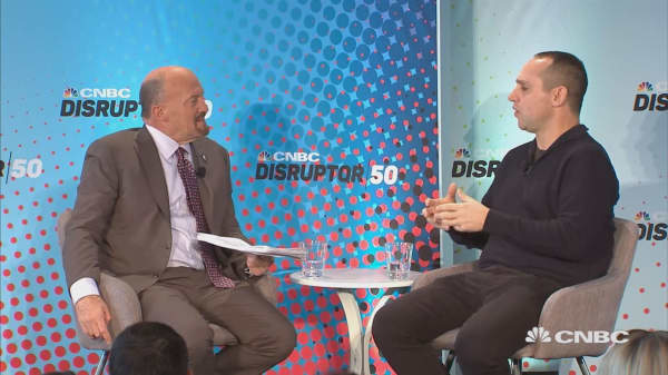 Disruptor 50 Roadshow: Philly Fanatics - Changing the Fan Apparel Game and Rebuilding the 76ers