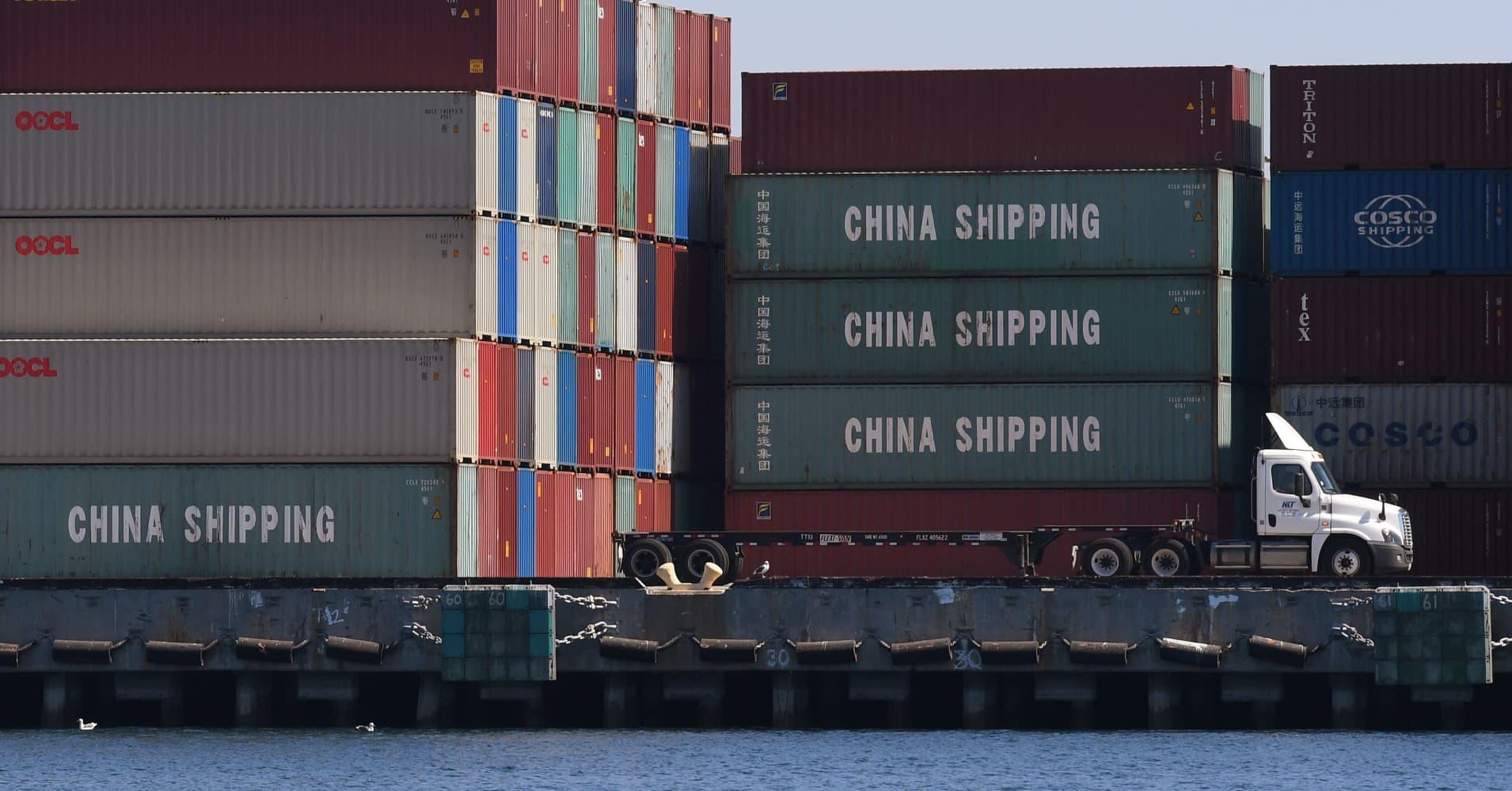 China blocks canola shipments from Canada's Richardson: Customs document