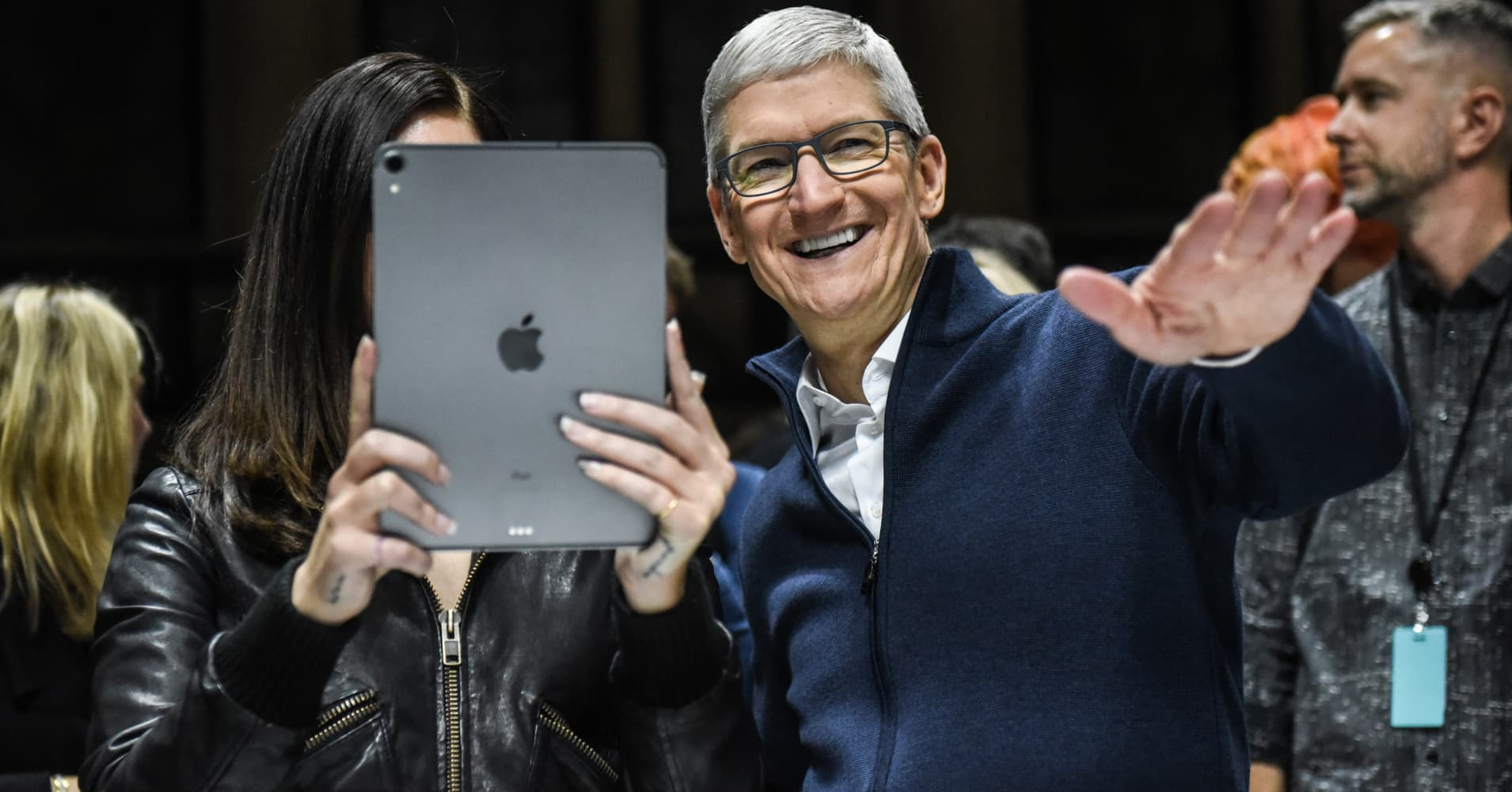 Apple is adding 1,200 employees in Qualcomm's backyard as their legal dispute wages on