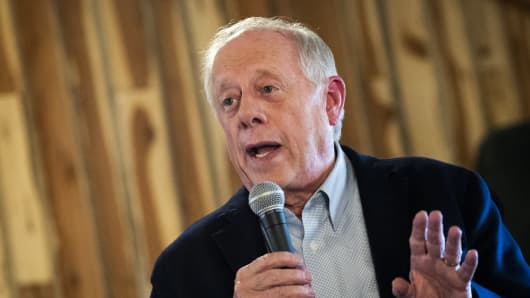 Democratic candidate for U.S. Senate Phil Bredesen speaks during a Get-Out-The-Vote rally, October 29, 2018 in Murfreesboro, Tennessee.