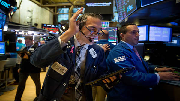 Stocks rally, value stocks lead over momentum