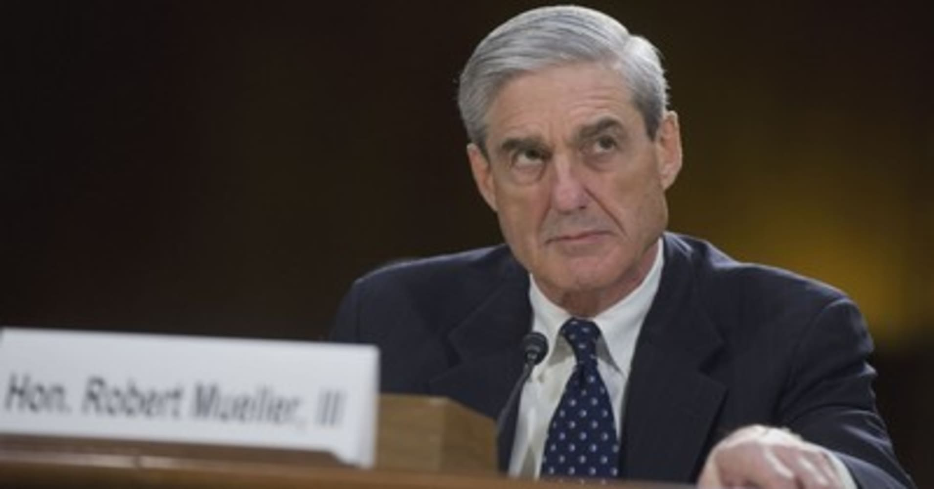 Special counsel Robert Mueller accuses opponents of offering women money to make 'false claims' about him