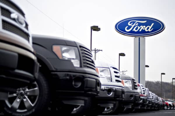 Enterprise Auto Finance >> Stronger than expected auto sales for Ford, Fiat Chrysler in October
