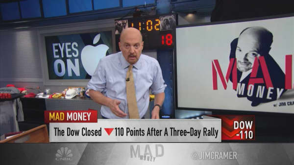 Cramer's game plan: Stay on your toes as market-moving news flow continues
