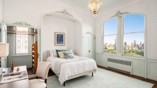 91 Central park west, bedroom