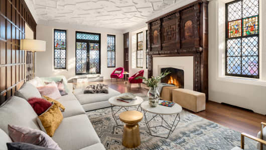 91 Central Park West penthouse, living room