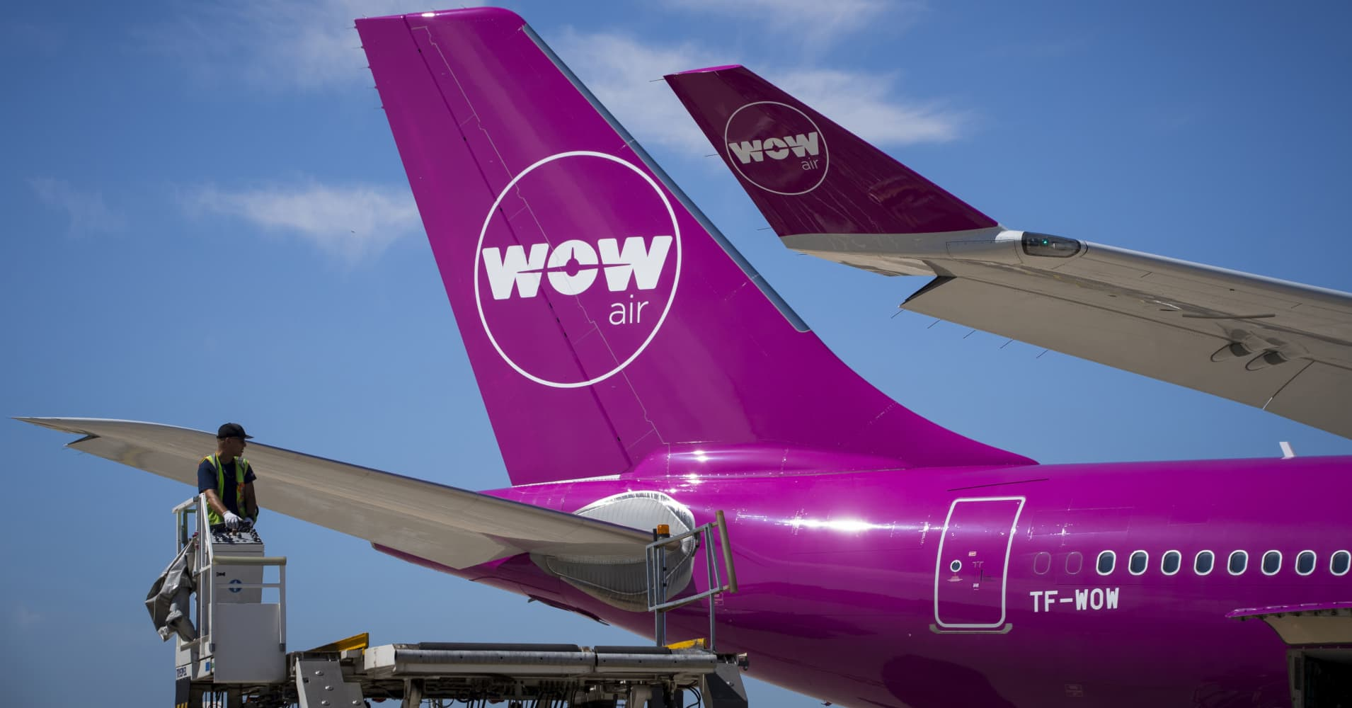 Icelandic airline Wow Air collapses and cancels all flights