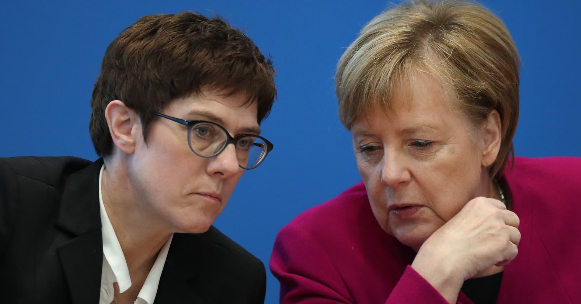 Germany avoids political winds of change after 'mini-Merkel' win