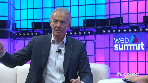 Former UK leader Blair: Brexit options are either pointless or painful