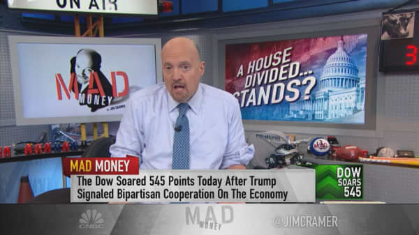 Cramer on Washington gridlock: Buy fast growers