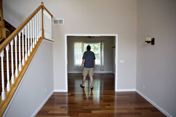 Housing sentiment hits lowest level in a year