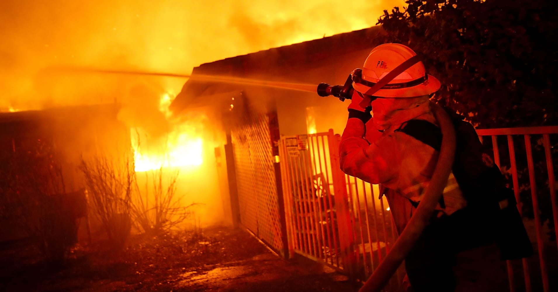 PG&E plunges 25% amid disclosure of an 'electric incident' just before wildfire