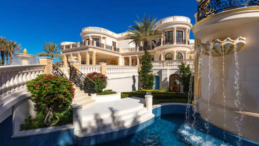 Playa Vista Isle in Hillsboro Beach Fla. may become the most expensive home ever sold at auction.