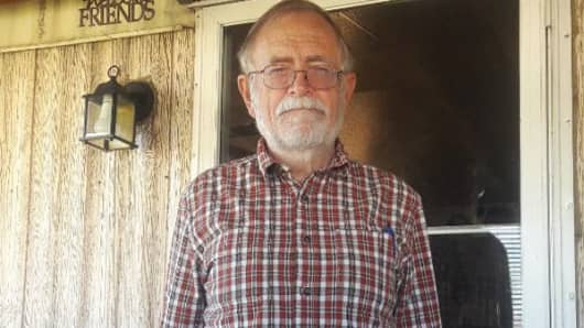 Steven Eads is 71. He still owes $60,000 in student loans.