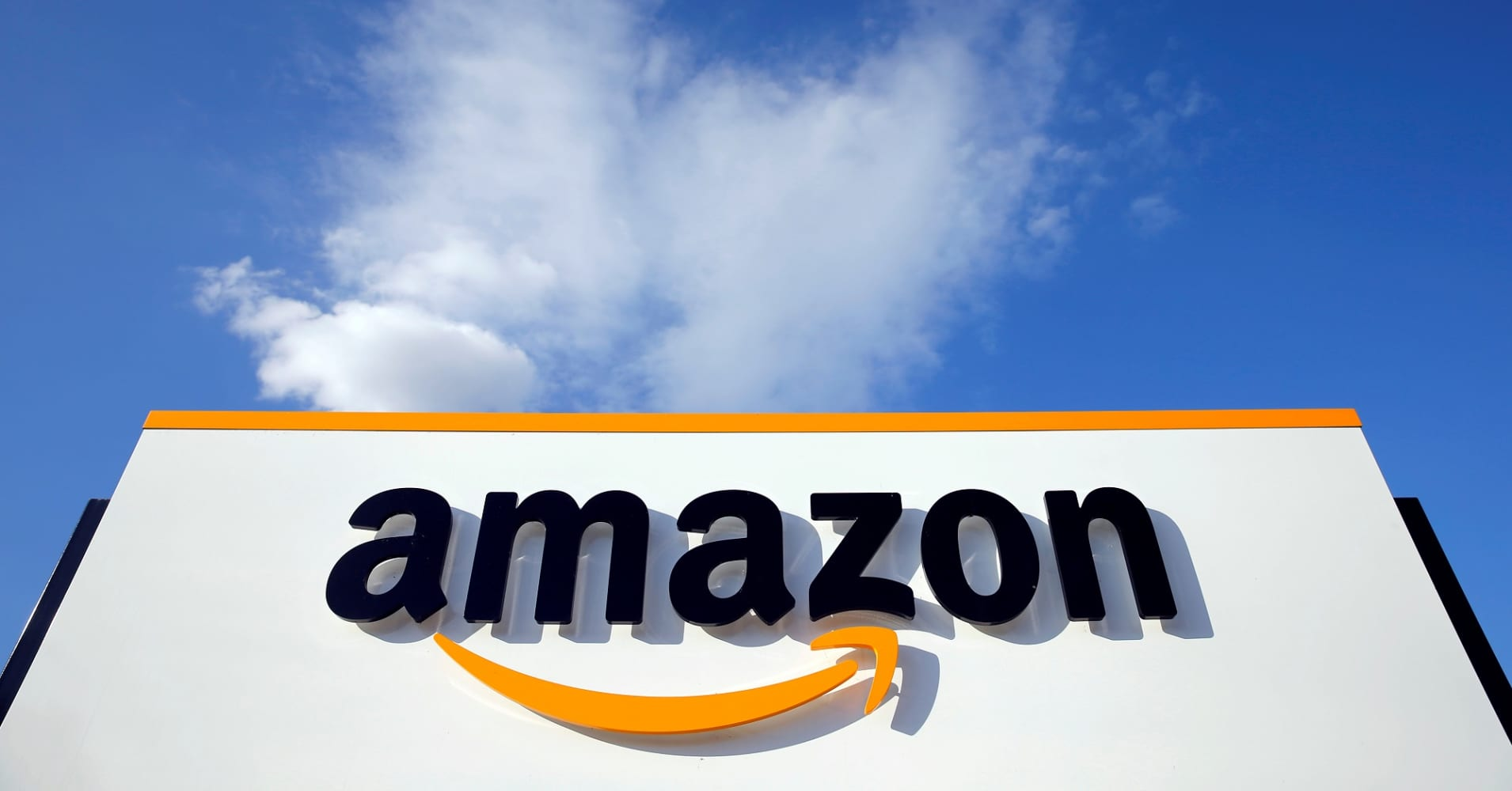 amazon has promise to create 50 000 new jobs here s how to land one