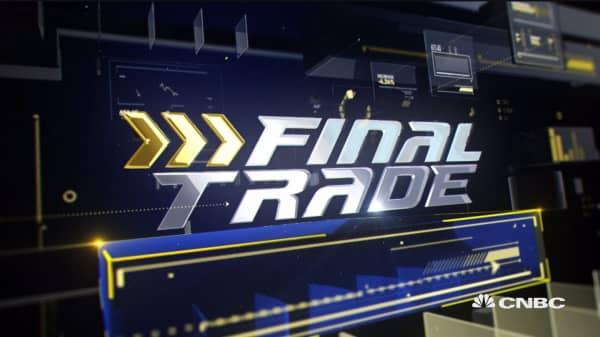 Final Trades: JPM, DNKN & more
