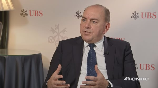 Things have to get worse to get better for Italy, says UBS chairman