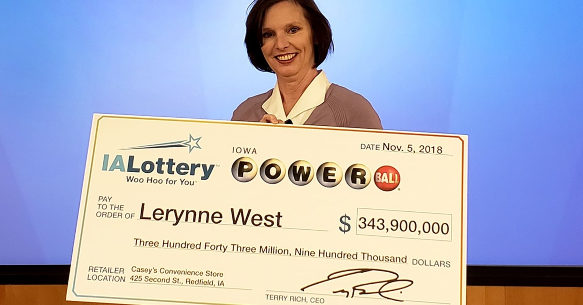 Iowa woman who won $688 million jackpot almost lost her winning ticket