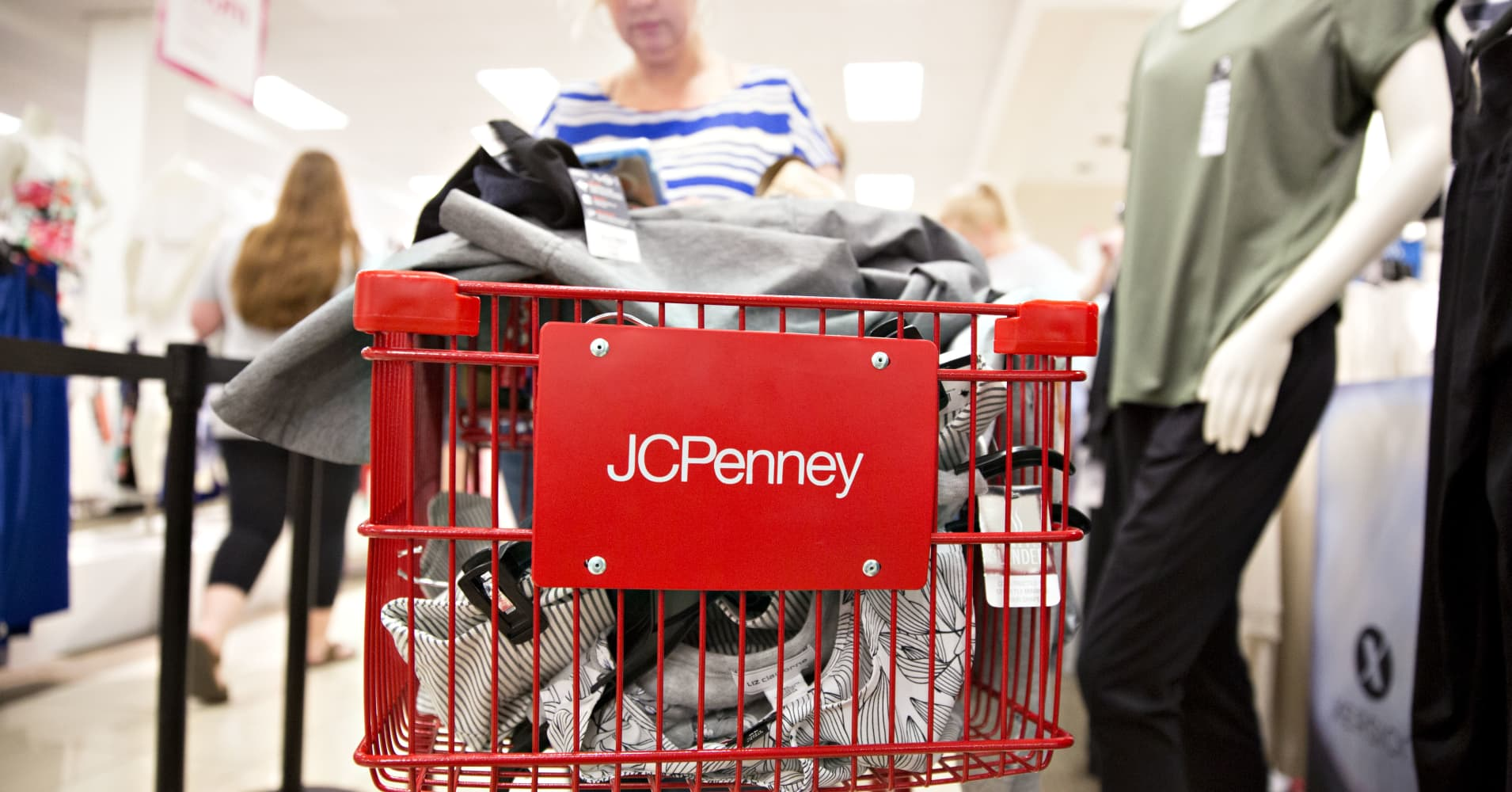 JC Penney shares dive as gross sales fall quick regardless of narrower loss