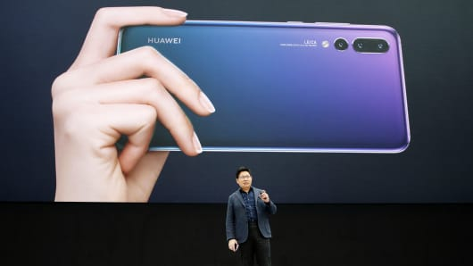 After overtaking Apple in smartphones, Huawei is aiming for No. 1 by 2020