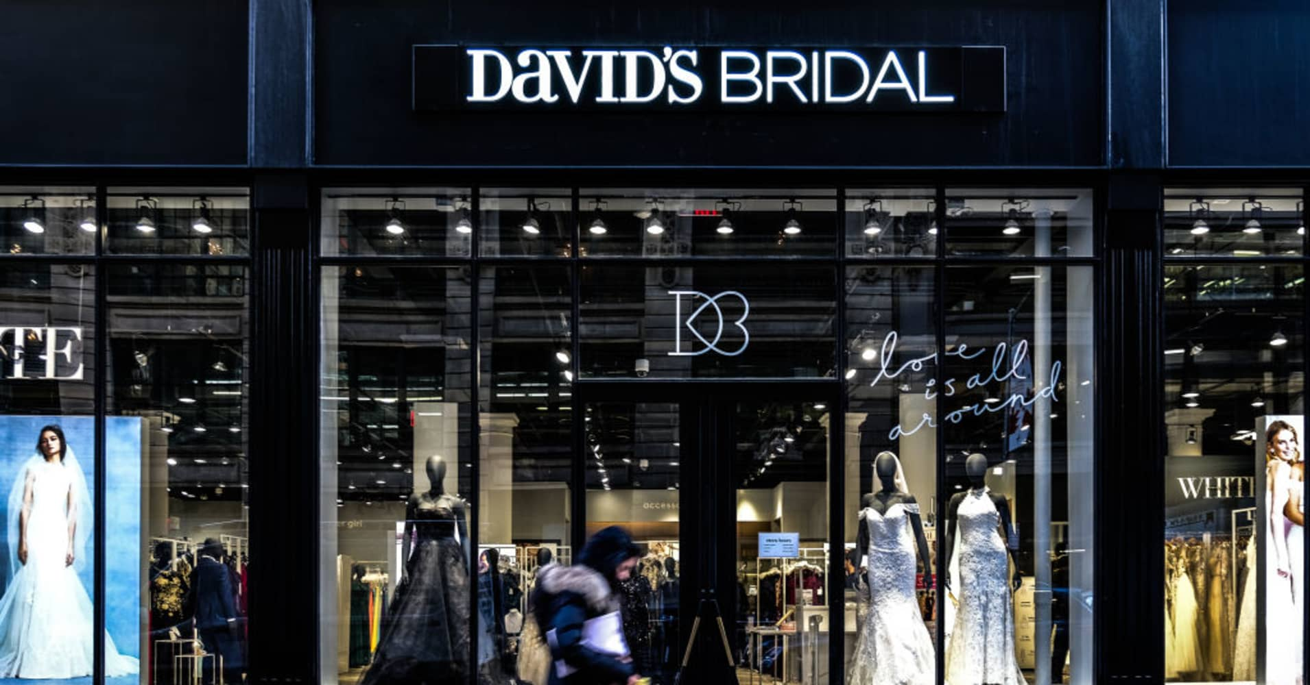 Millennial brides force David's Bridal, fresh out of bankruptcy, to try something new
