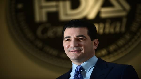 FDA commissioner Gottlieb on restricting e-cigs