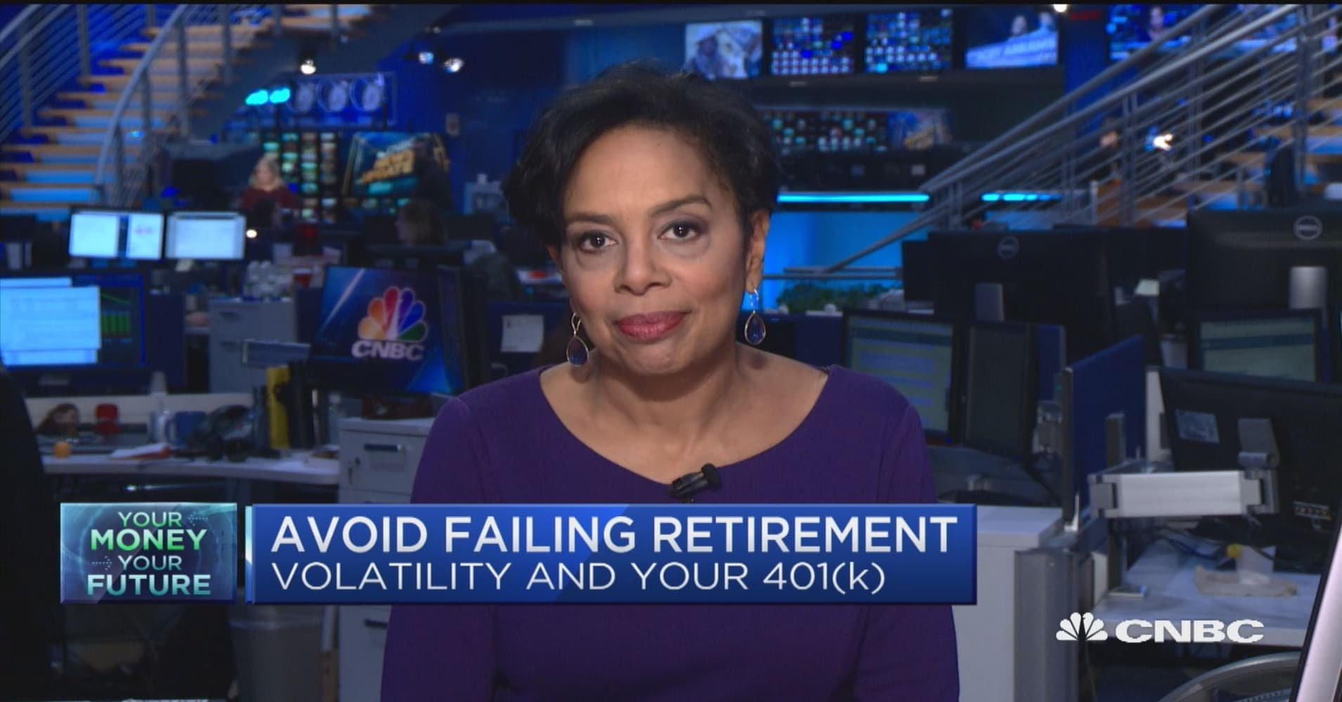 Retirement investors ramp up trading in midst of big market swings, but experts warn against emotional decisions