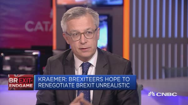It's unclear what EU can do to deflect danger of UK's Brexit turmoil, says analyst