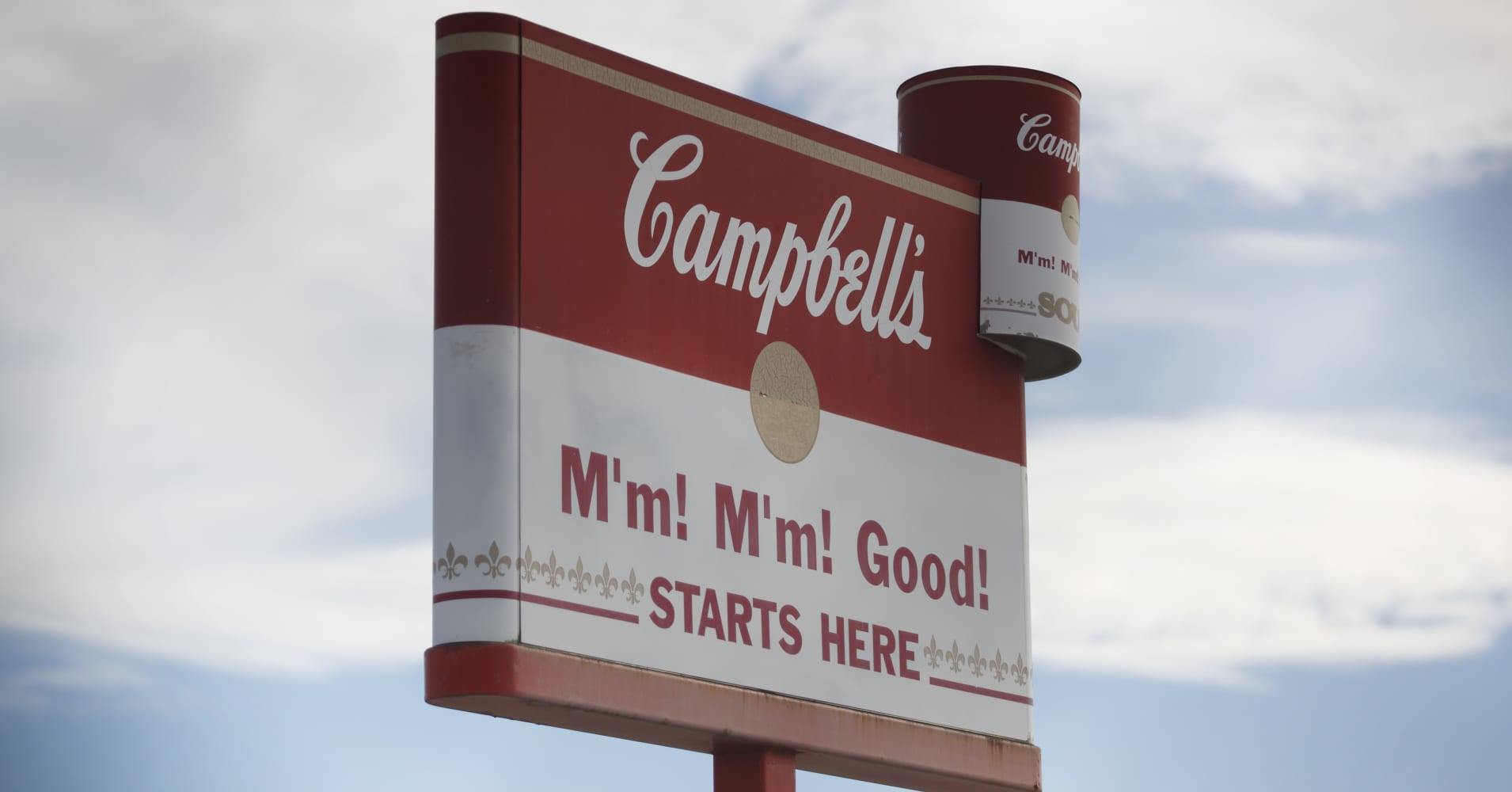 Campbell Soup tops analyst expectations ahead of contested shareholder vote