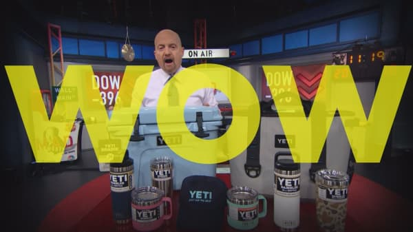 Cramer Remix: This market can't stabilize until Apple does