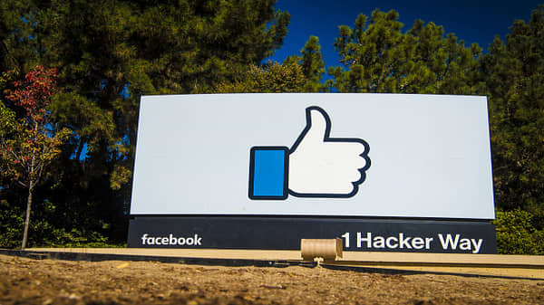 Small businesses hold key to Facebook's ad business