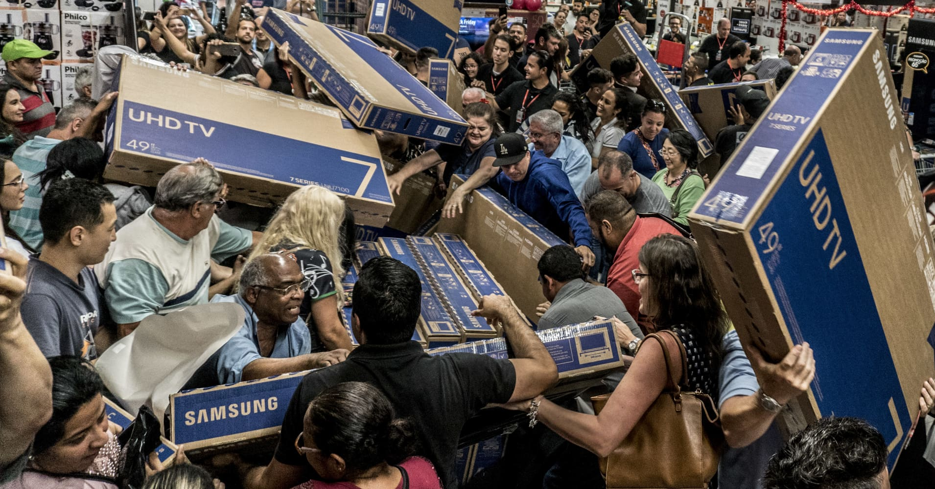 Black Friday pulled in a record $6.22 billion in online ...