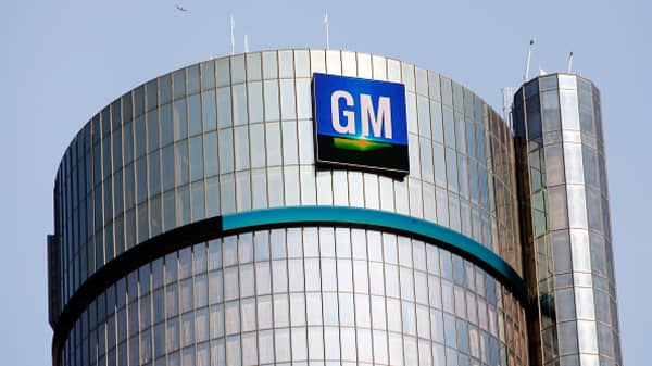 General Motors hits the gas
