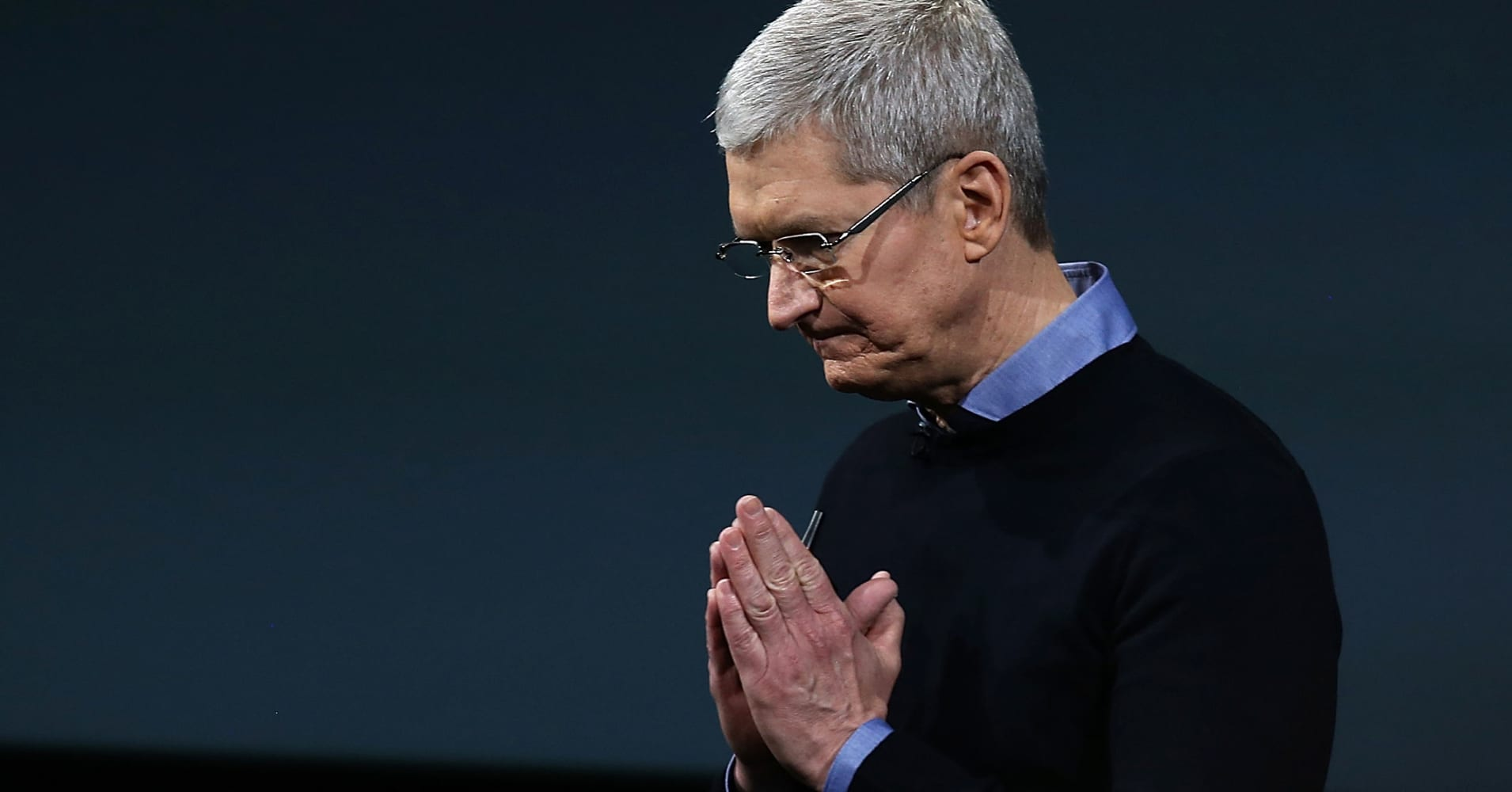 Apple's November rout worsens after Trump says US could place 10% tariff on iPhones
