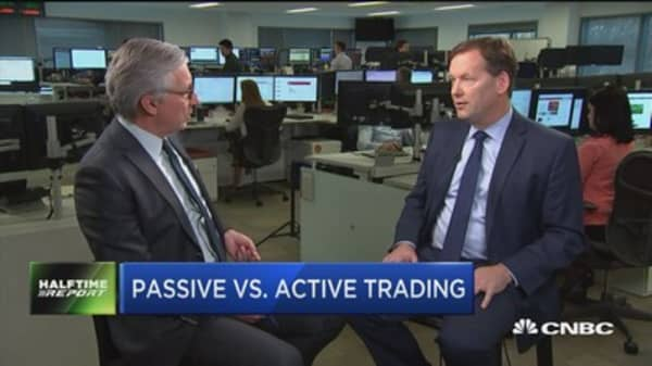 Vanguard fund manager says passive investing makes up 20% of outstanding shares in US