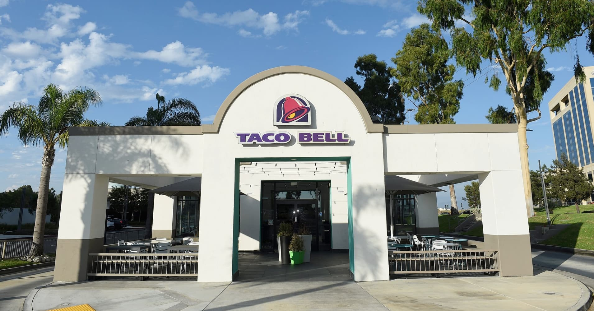 Taco Bell Open Christmas.How Taco Bell Dominates The Mexican Fast Food Market