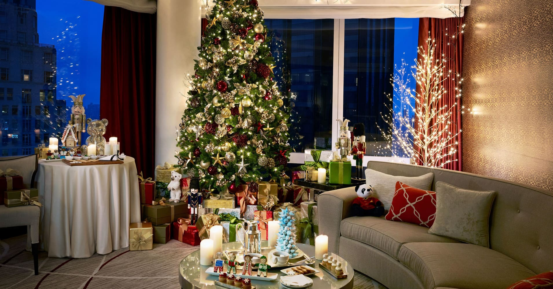 Christmas vacations in NYC, Ft. Lauderdale from quaint to ultra luxury