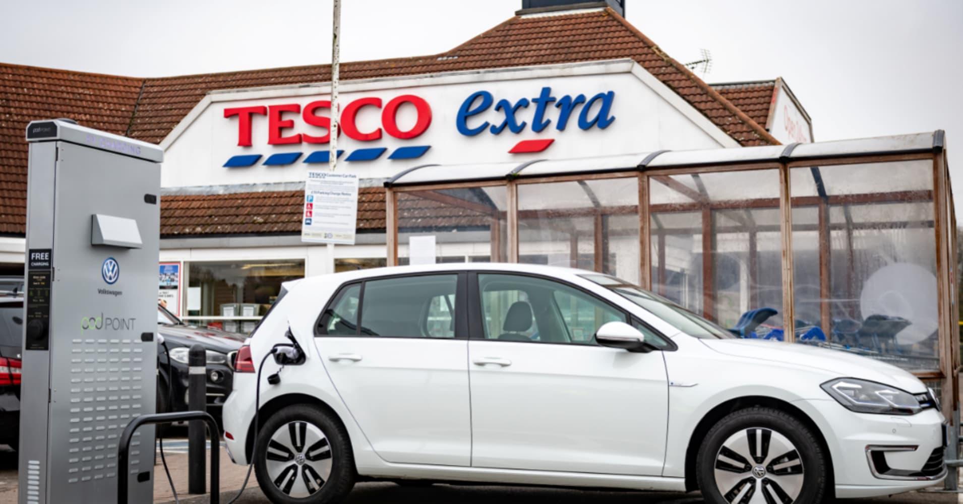 Volkswagen and Tesco to build UK's biggest free car-charging network