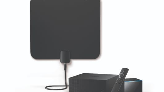 The Fire TV Recast box with an HD antenna and a Fire TV Cube.