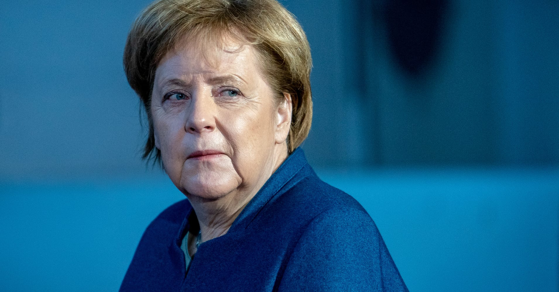 Germany's Merkel to miss G20 opening after aircraft troubles