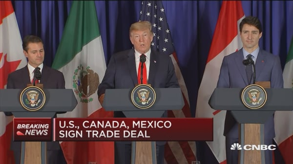 Trump says new US-Mexico-Canada trade deal will benefit all
